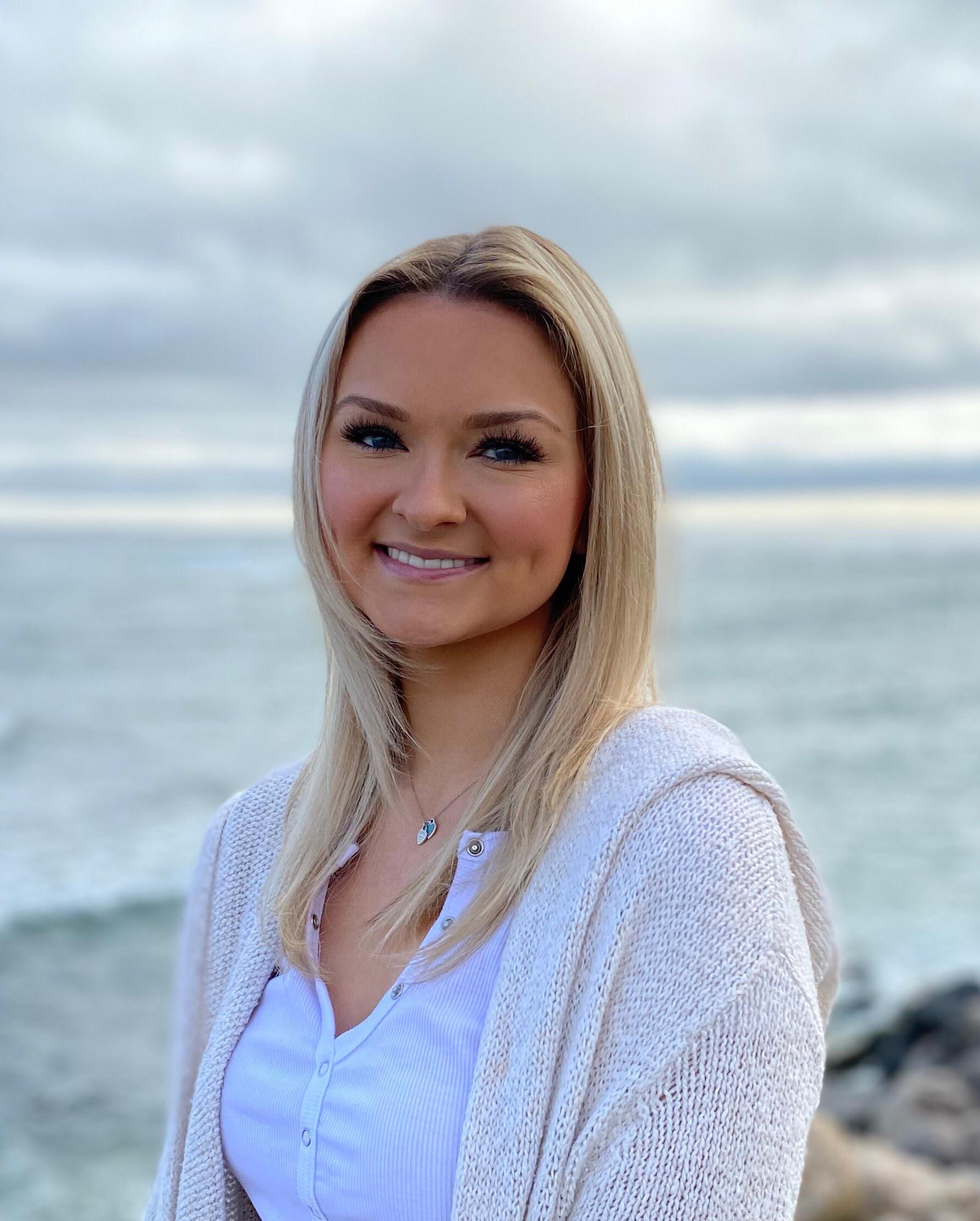 Kelly Moore intern headshot